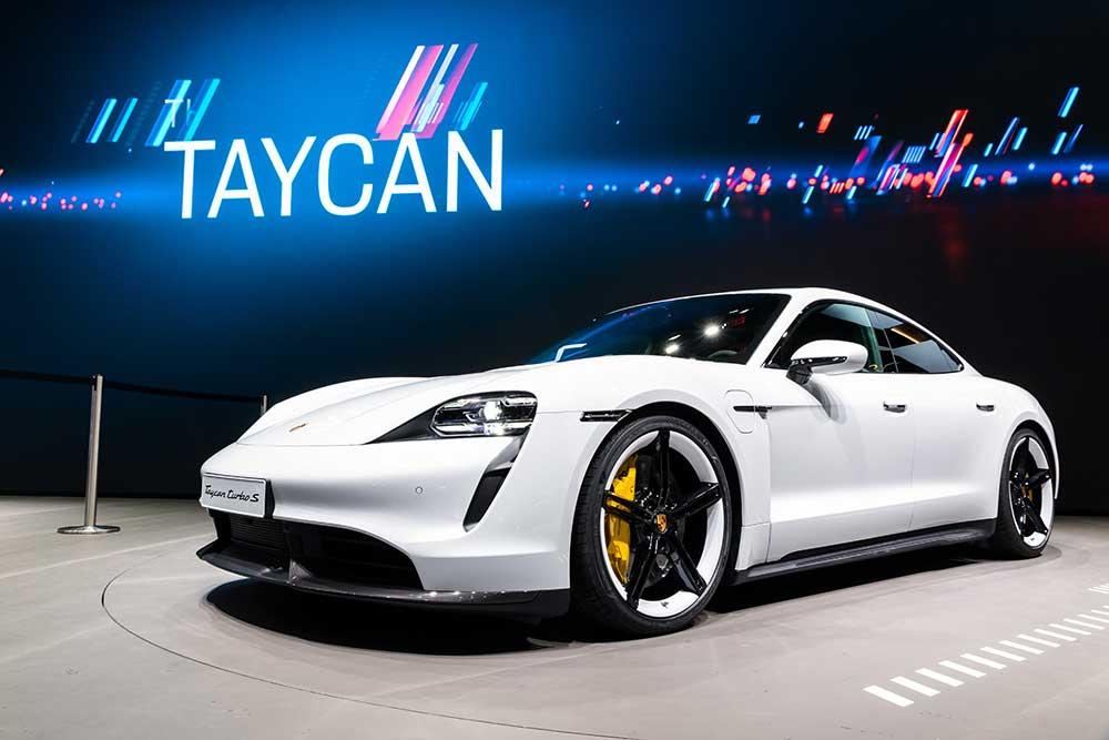 sportwagen-Karbon-Tuning